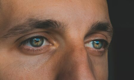 persons blue eyes and brown eyes